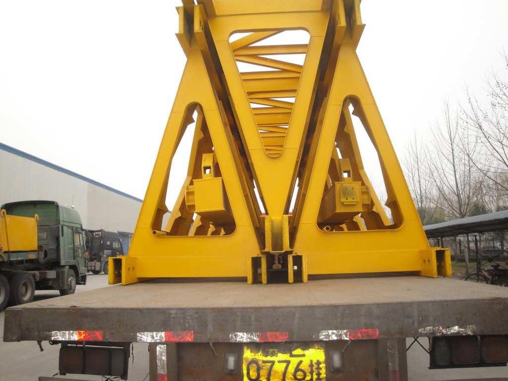 main girder of the bridge girder launcher