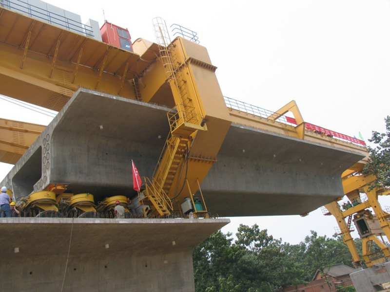 HZQ900T bridge construction equipment