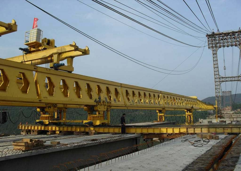 Transverse movement of bridge girder launcher