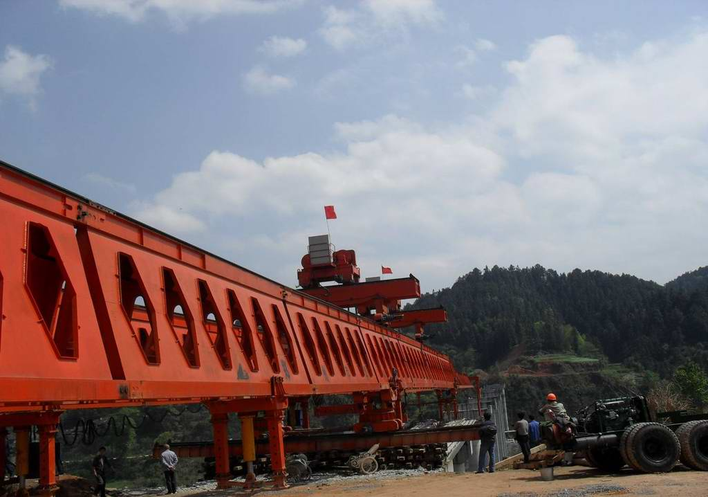 Highway bridge girder launcher