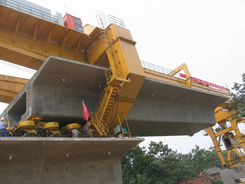 bridge girder launcher