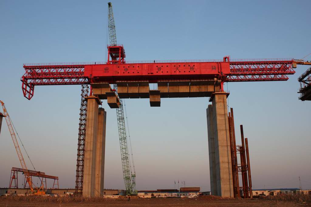HZP1600 segmental assembly bridge erection equipment