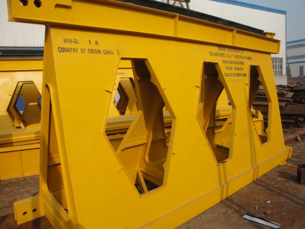 main girder of launching girder